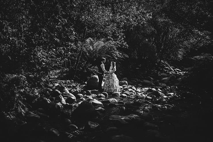 Romantic-Woodland-Wedding-Reception-Bride-Groom-Portrait-Valley