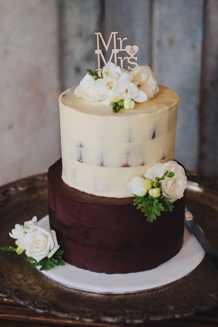Romantic-Woodland-Wedding-Reception-Rustic-Cake