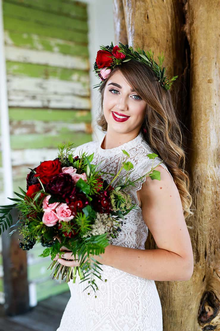 Rustic Berry Wedding Inspiration | Dream Bella Photography