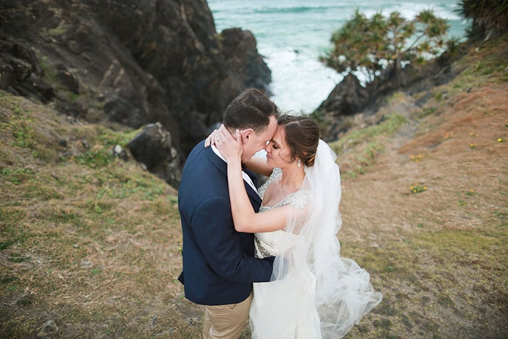 Emily and Joash's Rustic Coastal Wedding | Deezigner Images