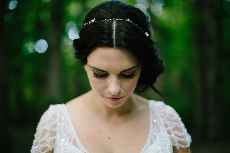 Rustic-Meets-Gatsby-Wedding-Bride-Hair