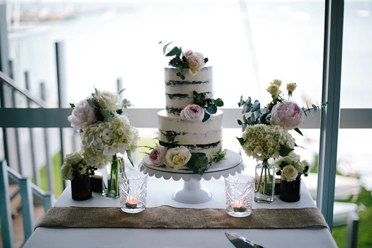Rustic-Meets-Gatsby-Wedding-Naked-Cake-2