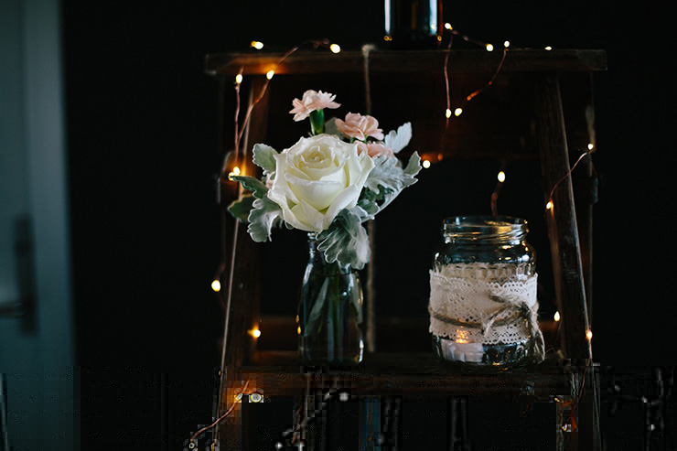 Rustic-Meets-Gatsby-Wedding-Reception-Decor-2