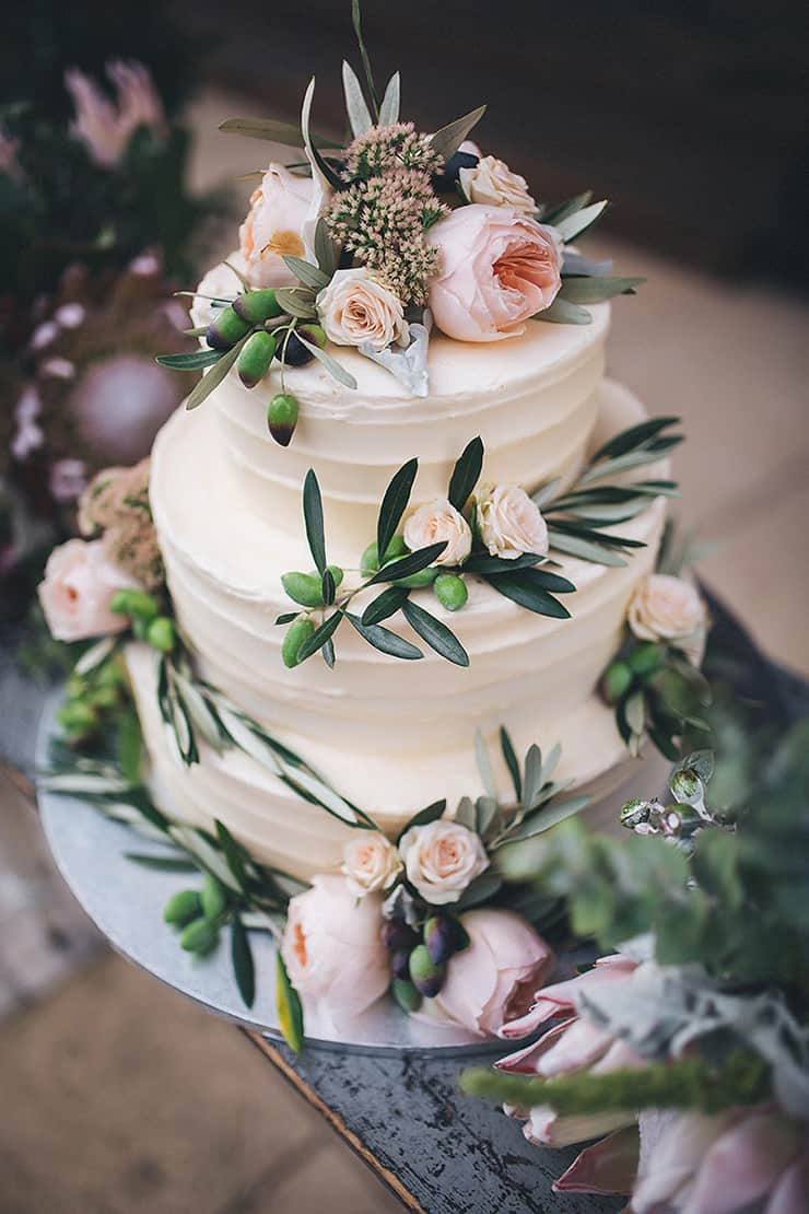Creative Wedding Cakes | Kate Drennan Photography