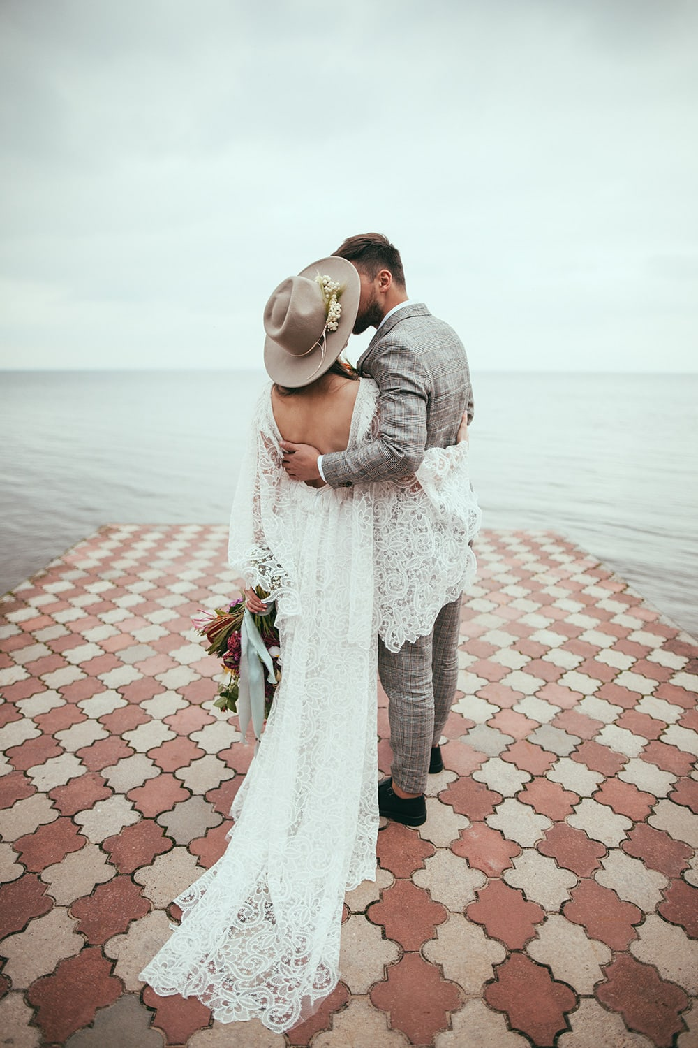 The Best Wedding Advice from Newlyweds
