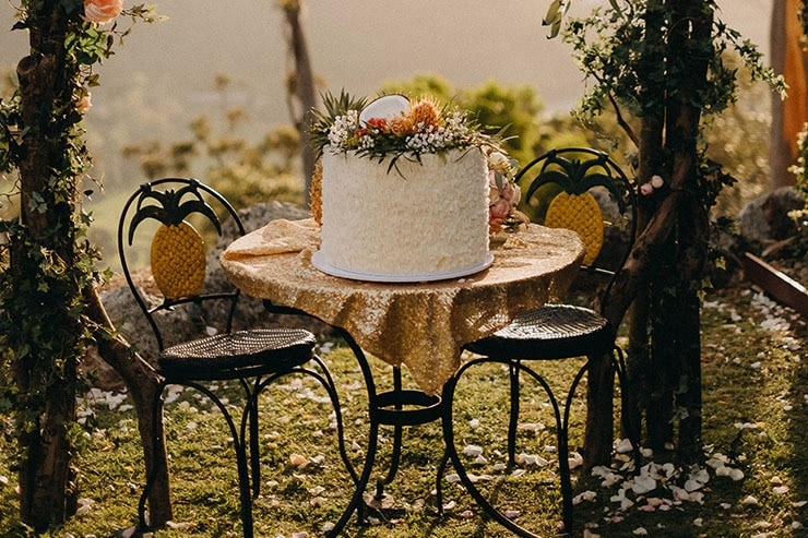 Roxanne & Andreas' Tropical DIY Wedding
