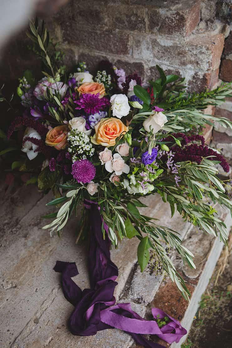 Tuscan-Plum-Wedding-Inspiration-Bouquet-2