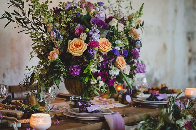 Tuscan-Plum-Wedding-Inspiration-Reception-Table-Setting