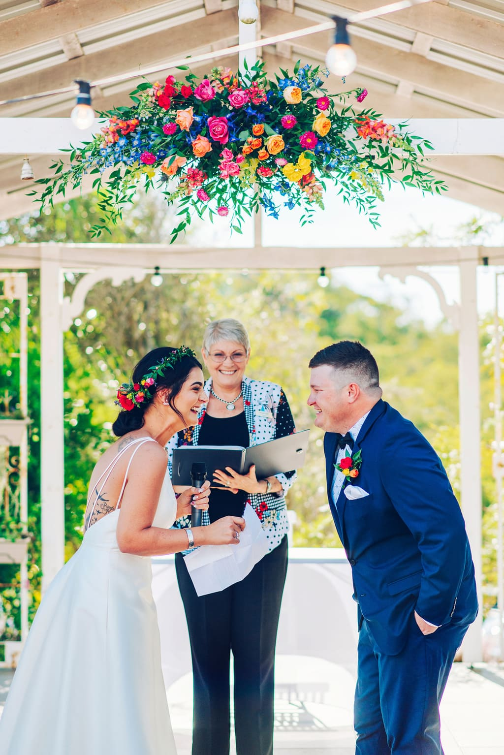 Graesenne & Brock's Vibrant Cocktail Wedding | Photography: Madelyn Holmes Photographics