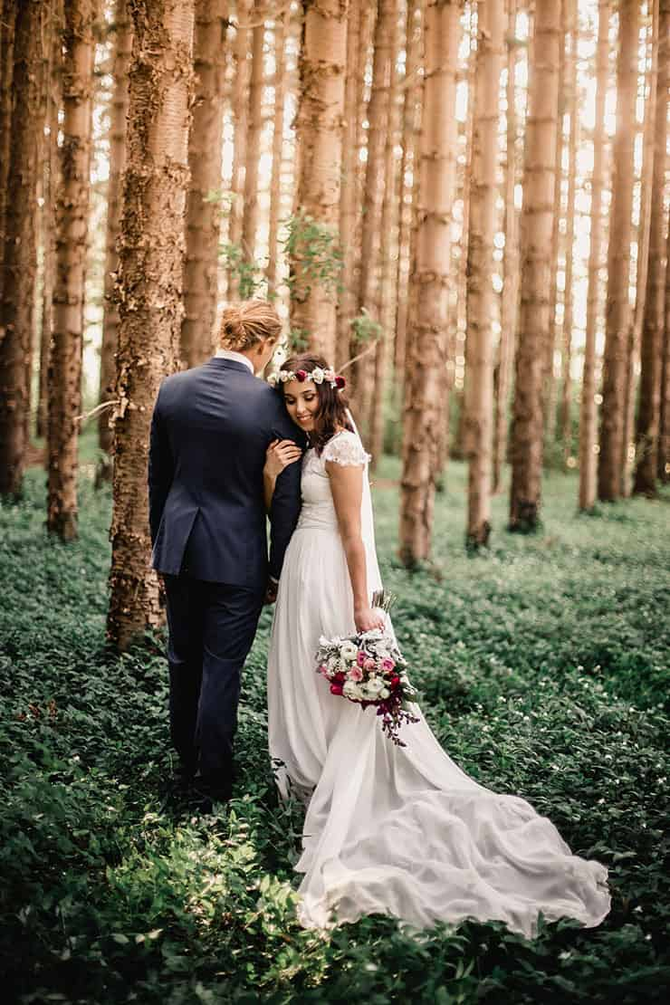 Vibrant-Heartfelt-Bohemian-Wedding-Bride-Groom-Woodland-Portrait-4