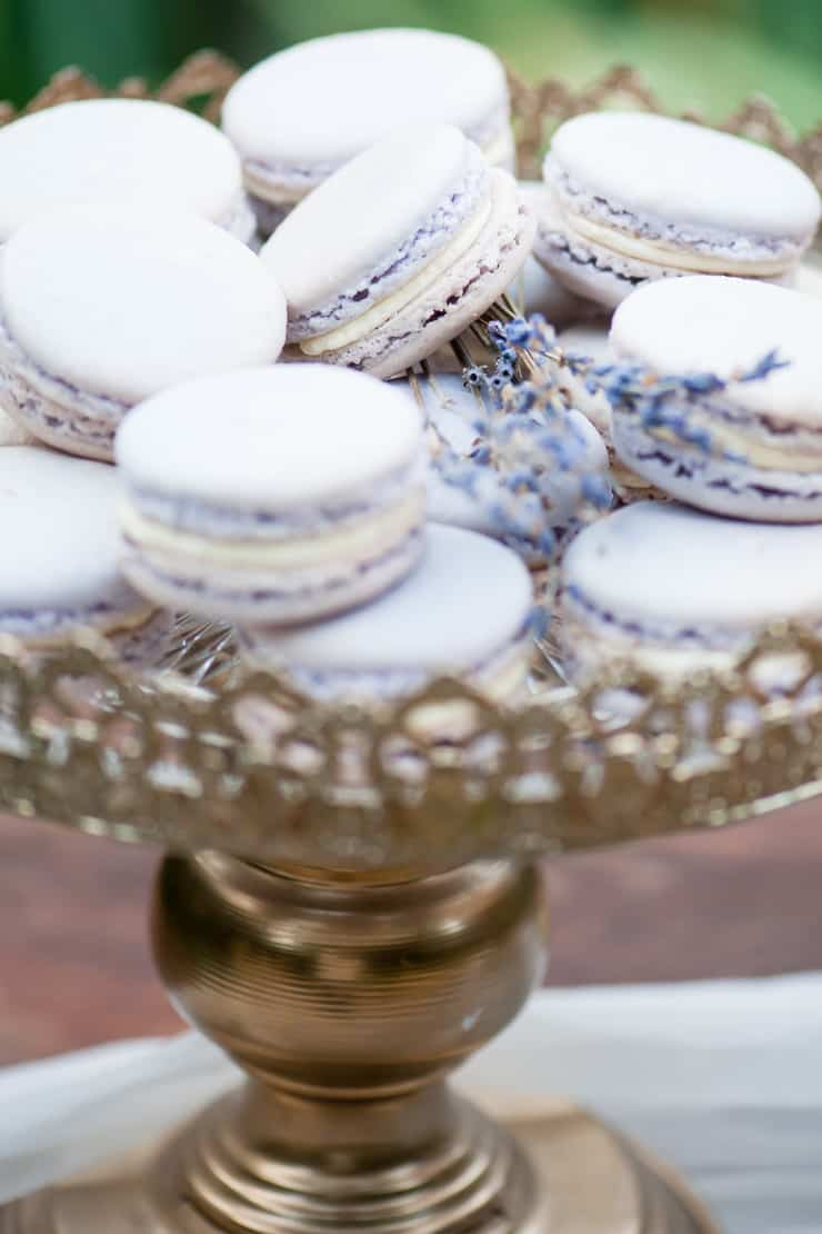 Watercolour-Garden-Wedding-Inspiration-Lavender-Macarons