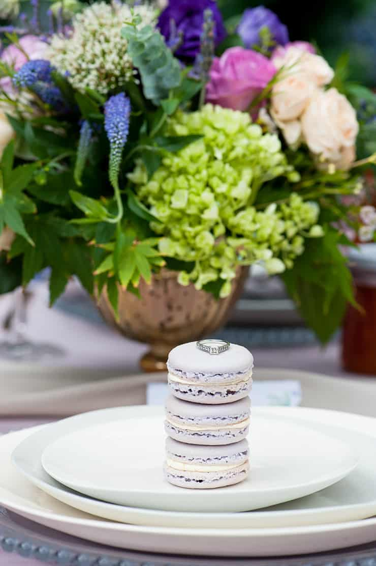 Watercolour-Garden-Wedding-Inspiration-Macarons