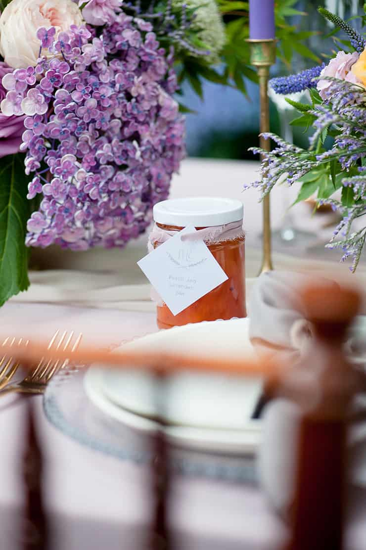 Watercolour-Garden-Wedding-Inspiration-Peach-Lavender-Jam-Favour