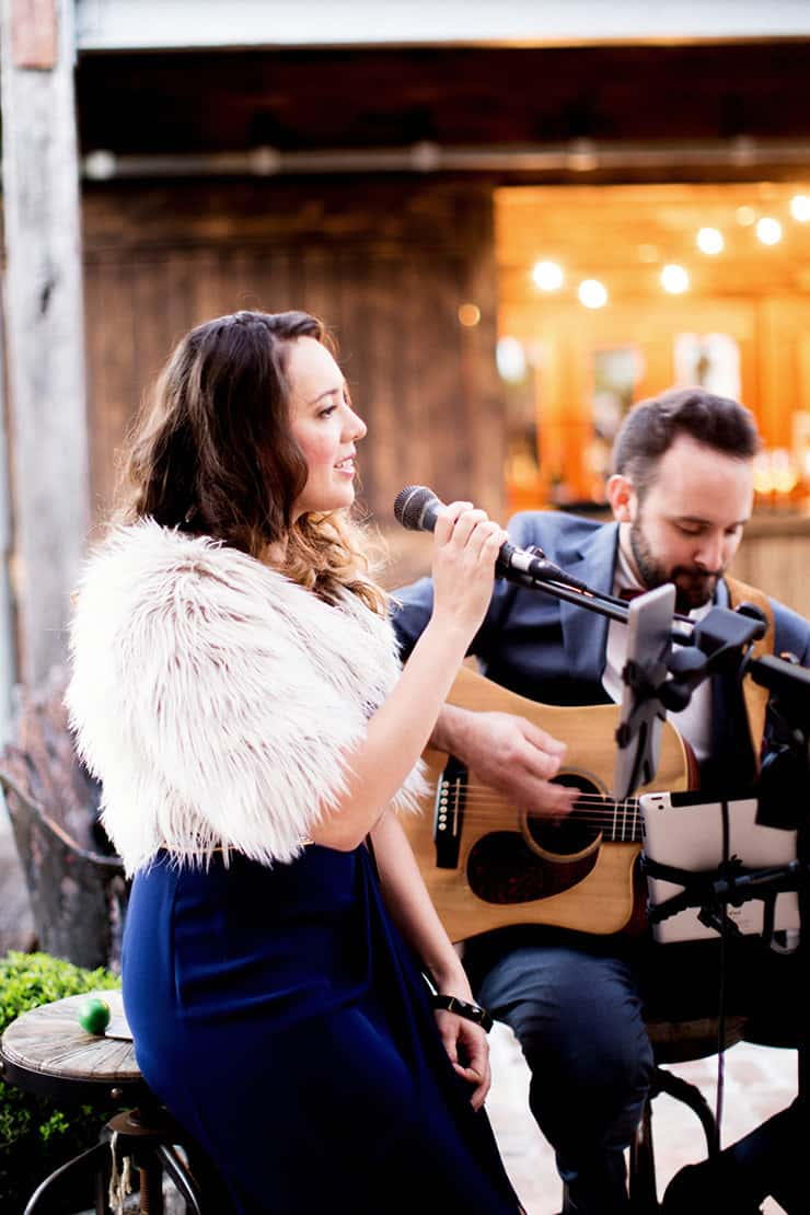 Wedding Entertainment Booking Tips | Tealily Photography