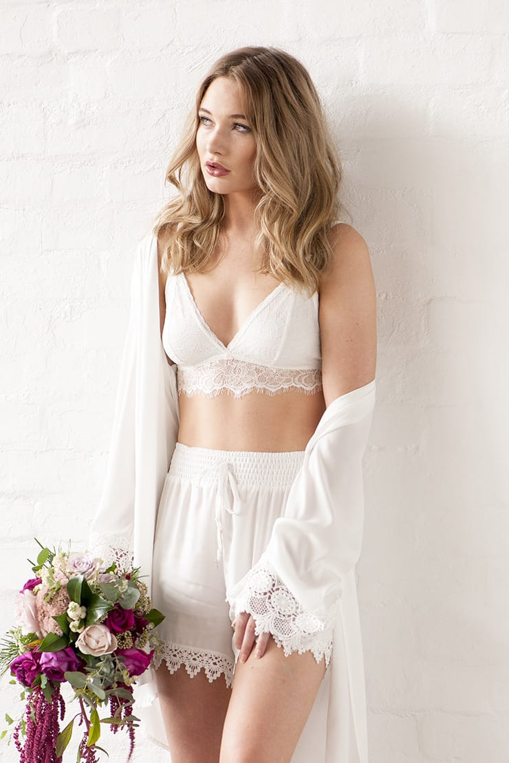 Wedding morning bridal boudoir inspiration