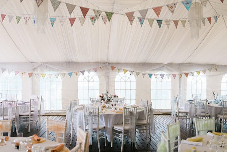 Wedding-Reception-Ideas-Wow-Your-Guests-Pastel-Vintage-Styling