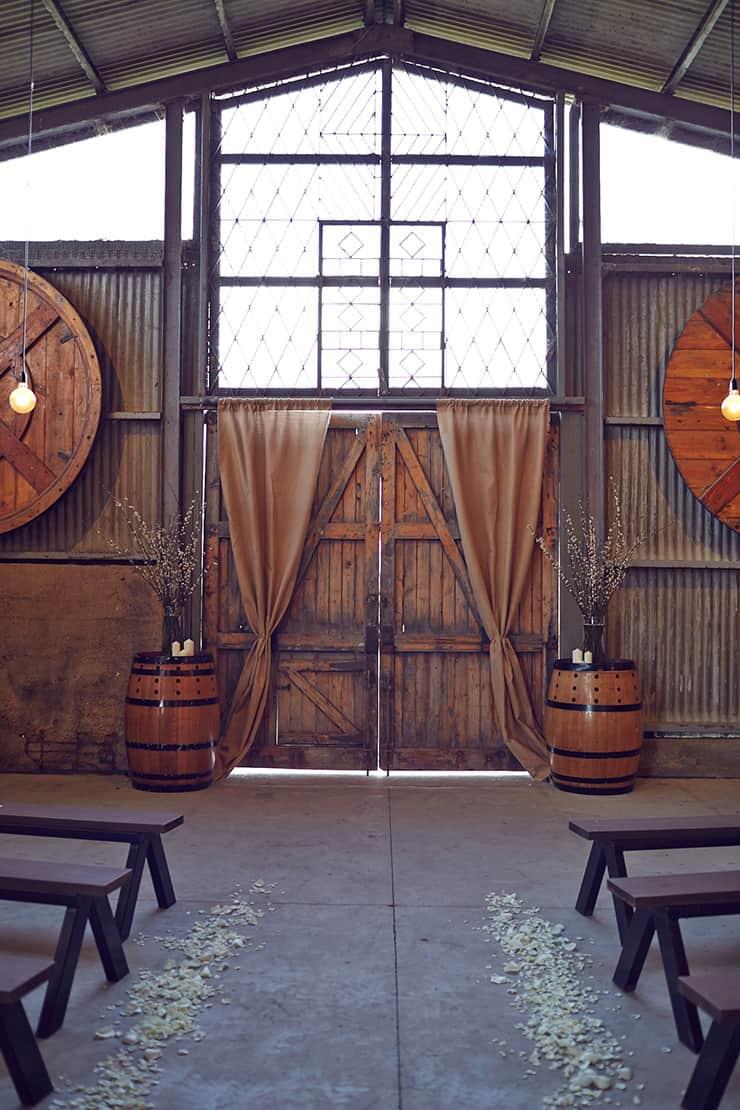 Winter-Barn-Wedding-Ceremony-Styling